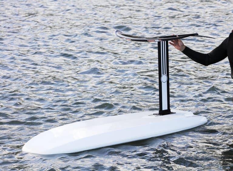 foilboard in water