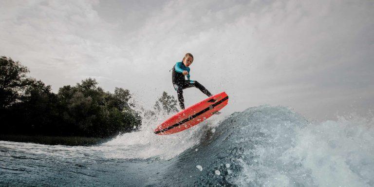 Kid Wakesurfer
