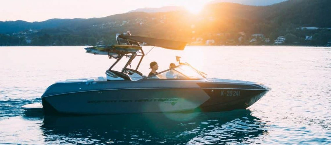 Best Wake Surf Boats for the Money